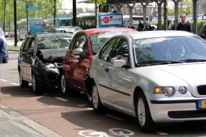 auto-ongeluk kop-staartbotsing ongeval met een whiplash tot gevolg